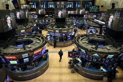Wall Street termine sur une hausse prudente avant la Fed