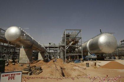عملات مصدري النفط والملاذات الآمنة ترتفع بعد هجوم السعودية