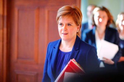 No deal Brexit 'a big significant risk' - Scotland's Sturgeon