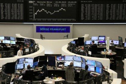 L'Europe finit en nette hausse, Wall St s'approche de ses records