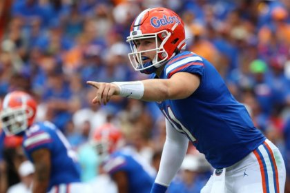 No. 9 Florida dominates Tennessee behind QB Trask