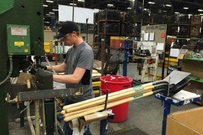 U.S. manufacturing slowdown spreads to services: Kemp