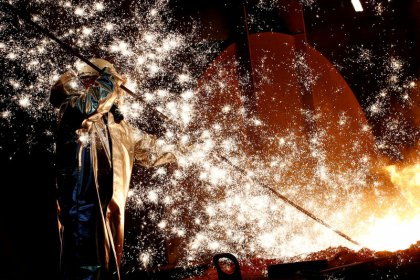 German recession looms as industrial orders drop more than expected