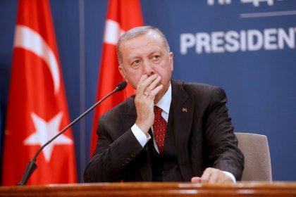 Erdogan difende attacco Siria dopo ondata di critiche