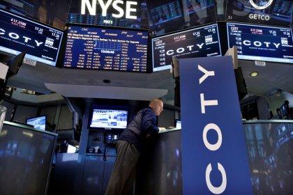 Borsa Usa, in rialzo su speranze accordo commerciale Usa-Cina, record Apple