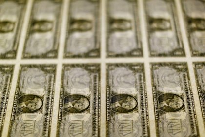 Dollar loses momentum vs yen as trade deal, Brexit hopes face reality check