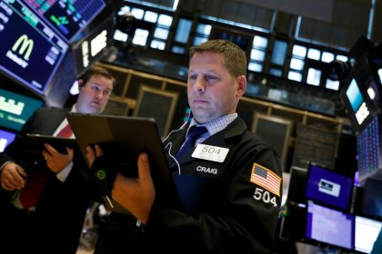 S&P 500 dips as economic data, trade worries offset upbeat earnings