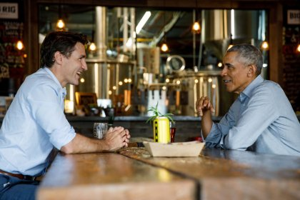 Obama tweets support for Canadian PM Trudeau in re-election campaign