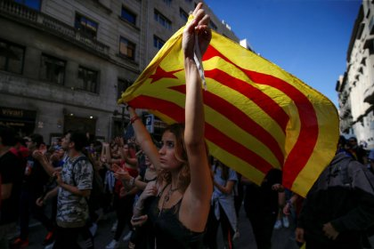 Catalan regional chief calls for independence vote after night of violence