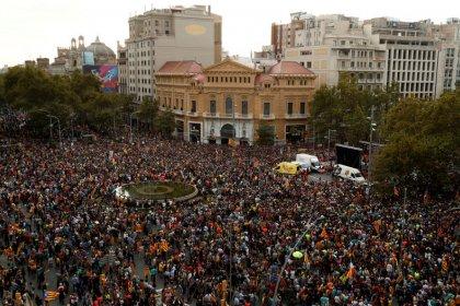 Juiz espanhol manda fechar site do grupo de protesto catalão