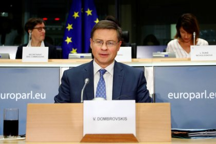 EU seeks clarification over France, Italy budgets