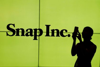 Snap disappoints with fourth-quarter revenue guidance, sending shares down