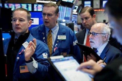 Trade hopes lift dollar, crude; doubts slow stock rally
