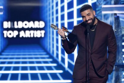 Drake signs up for Toronto marijuana venture