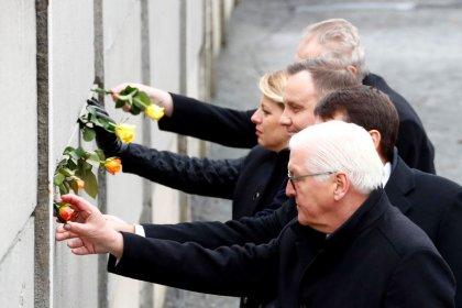 L'Allemagne célèbre le 30e anniversaire de la chute du mur de Berlin