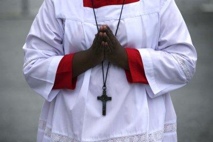 L'Eglise va verser une somme forfaitaire aux victimes de prêtres pédophiles