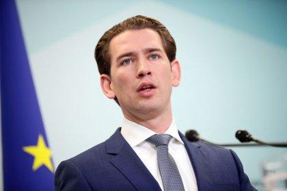 Austrian conservative leader Kurz backs coalition talks with Greens