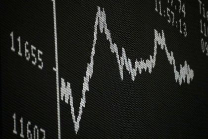 Ações defensivas ajudam índices europeus a fechar estáveis