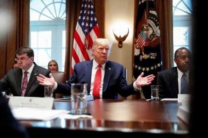 ترامب: الرسوم ستزيد في حالة عدم إبرام اتفاق تجارة مع الصين