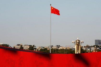 Revisões do PIB empurram China para meta de dobrar economia, mas persistem dúvidas sobre dados