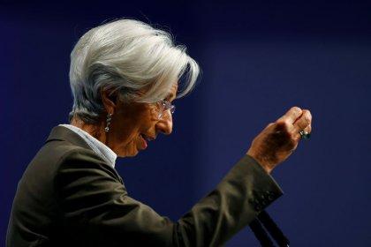 BCE analisará preocupações climáticas durante revisão de política monetária, diz Lagarde