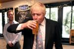 Voto tático ameaça premiê Johnson em eleições do Reino Unido