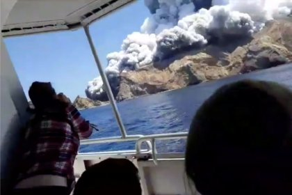 'No signs of life' on New Zealand volcano island after disaster 'waiting to happen'