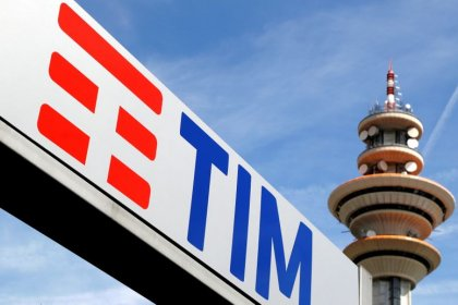 TIM, Vodafone ready Italian tower stake sale with advisers - sources