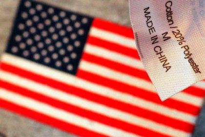 Usa propongono di cancellare dazi su beni cinesi previsti per domenica - Wsj