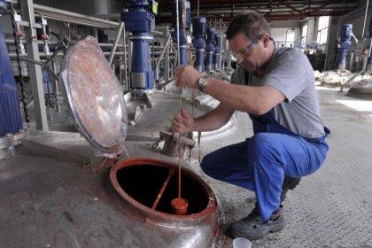Zone euro: Production industrielle et excédent commercial déçoivent