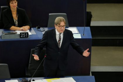 UK will not automatically deport EU nationals after Brexit - Verhofstadt