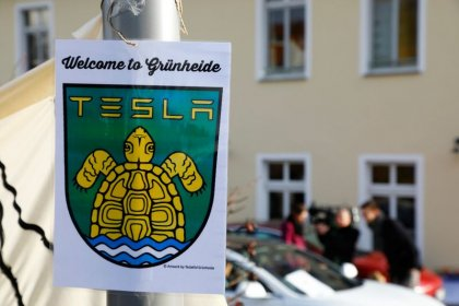 'You're stealing our water' - Germans protest against Tesla gigafactory