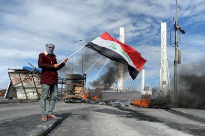 Iraqi security forces raid protest camps, 4 killed after Sadr supporters withdraw