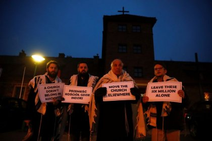 Rabbis call for removal of church at Auschwitz