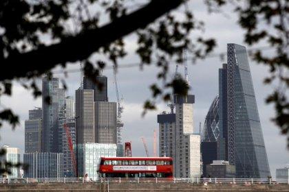 英、総選挙後に経済への楽観的見方強まる 持続性は不明
