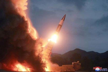 """Corea del Norte insta a la población a """"romper las barreras"""" mientras sigue la parálisis nuclear"""