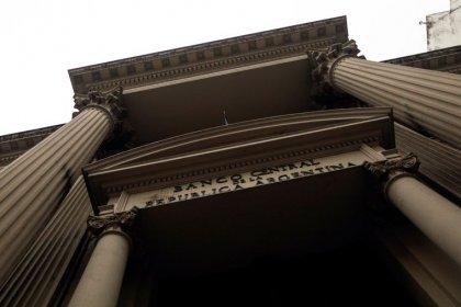 BC da Argentina diz que não descarta ajudar governo em eventual pagamento de dívida