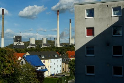 Exclusive - Uniper to shut down German hard-coal power plants by 2025: sources