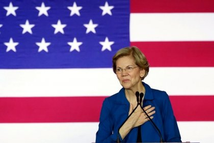 As Warren aims for Super Tuesday rebound, will she alter her plan?