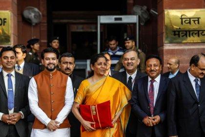 Amazon, Flipkart seek rollback of new Indian tax on online sellers