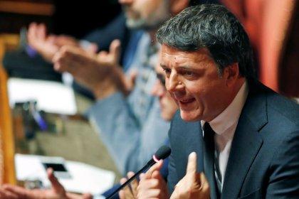 Renzi tiene alta tensione nel governo, minaccia showdown su giustizia