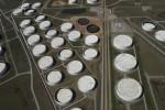 وزير النفط: الهند تتطلع إلى تخزين النفط الرخيص في الولايات المتحدة