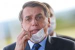 Rejeição a Bolsonaro sobe para 43% e bate recorde, diz Datafolha