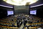 Câmara aprova MP que permite redução de jornada e salários