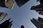 UK lenders offer more credit card, loan repayment freezes