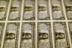 Dólar tem queda acentuada contra real acompanhando exterior