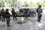 Forças afegãs cercam prisão tomada pelo Estado Islâmico; centenas de presos fogem