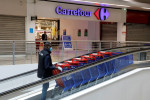 French retailer Carrefour to buy 172 stores in Spain