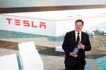 Move aside robots, Tesla bets on aluminium casting