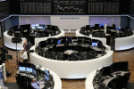 Borsa Europa in rialzo su aggiornamenti salute Trump, consolidamento banche spagnole